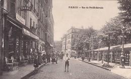 75 PARIS. CPA. RARETÉ. ANIMATION RUE DU PRE SAINT GERVAIS - Arrondissement: 19