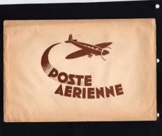Pochette  POSTE  AERIENNE . 5 Enveloppe Avion  Et  5 Feuilles De Papier Avion - Année  1940/50. - Vieux Papiers