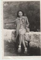 PHOTO - VENCE - 1944 -  JEUNE FEMME - Personnes Anonymes