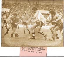 RUGBY - CHALLENGE YVES DU MANOIR Gagné Par NARBONNE Contre BRIVE 18/5/1974 Au Stade De COLOMBES  Photo De Presse A.F.P. - Rugby