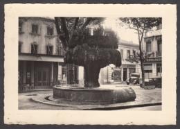 99799/ SALON-DE-PROVENCE, La Grande Fontaine - Salon De Provence