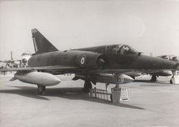Rare Photo Véritable Salon Du Bourget Années 60 Mirage III R Taille 12.7 X 9 Cm - Aviation