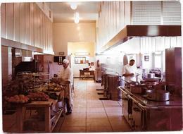 VALLAURIS (06) CENTRE HELIO MARIN - Les Cuisines  - Photo Originale Unique 1967 COMBIER à MACON - Places
