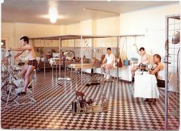 VALLAURIS (06) CENTRE HELIO MARIN - Salle De Kinésithérapie   - Photo Originale Unique 1967 COMBIER à MACON - Lieux