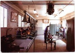 VALLAURIS (06) CENTRE HELIO MARIN - Atelier De Soudage   - Photo Originale Unique 1967 COMBIER à MACON - Places