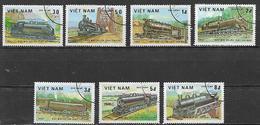 VIETNAM   1983 VECCHI TRENI YVERT. 387-393 USATA - Vietnam