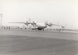 Rare Photo Véritable Salon Du Bourget Années 60    Taille 12.7 X 9 Cm - Aviation