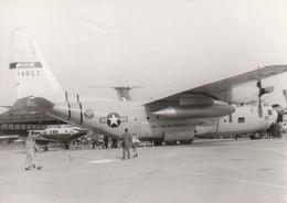 Rare Photo Véritable Salon Du Bourget Années 60 Avion Américain   Taille 12.7 X 9 Cm - Aviation
