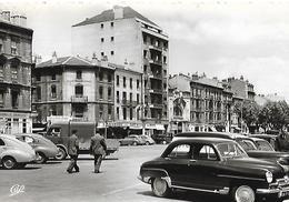"""VOITURE ANCIENNE  """" PEUGEOT 203  CITROEN 4 CV TRACTION    """"1956 Très Belle Carte  Café """"EUROPE"""" Pharmacie VALENCE - Voitures De Tourisme"""