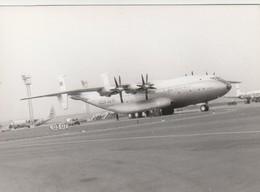Rare Photo Véritable Salon Du Bourget Années 60 Avion Russe Taille 12.7 X 9 Cm - Aviation