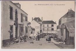 PREFAILLES (44) : GRANDE RUE - HOTEL MENARD - CORDONNIER - MAISON A VENDRE AU DESSUS DE LA PATISSERIE - 2 SCANS - - Préfailles
