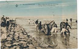 CPA - Belgique - Blankenberge - Blankenberghe - Mise à Flot Du Canot De Sauvetage - Blankenberge