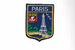 ECUSSON TISSU BRODE - PARIS - Ecussons Tissu