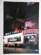 PARIS La Nuit Le Moulin Rouge Illuminé - Paris La Nuit