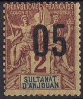 ANJOUAN  N* 20 TB  Charniere - Anjouan (1892-1912)
