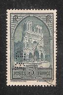 Perforé/perfin/lochung France No 259 BP Banque De Paris Et Des Pays Bas (143) - France