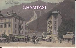 74 CHAMONIX MONT BLANC HÔTELS DES ETRANGERS ET INTERNATIONAL AVENUE DE LA GARE CARTE COLORISEE Editeur J C 103 - Chamonix-Mont-Blanc
