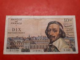 10 NF Richelieu Du 7/12/1961 - 1959-1966 Francos Nuevos