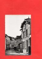 F1203 - CHAMBOURCY - 78 - La Grande Rue Et La Poste - Chambourcy