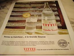 ANCIENNE PUBLICITE QUAND IL FAIT SOIF VITTEL 1965 - Affiches