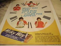 ANCIENNE PUBLICITE BARRE  MILKY WAY 1965 - Publicités