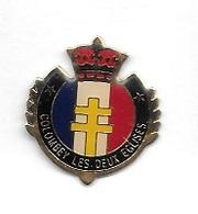 Pin's  Militaire, Ville  COLOMBEY  LES  DEUX  EGLISES  ( 52 ) Ou  Repose  Le  Général  DE  GAULLE - Cities