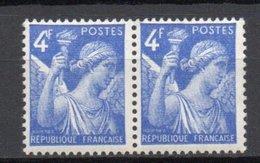 - FRANCE Variété N° 656a ** - 4 F. Bleu Type Iris 1944 - 4 CROCHU Tenant à Normal - - Errors & Oddities