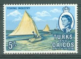 Turks & Caicos Is: 1967   QE II Pictorials   SG285   5/-   MH - Turks & Caicos (I. Turques Et Caïques)