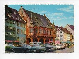 Allemagne: Bade Wurtemberg, Freiburg Im Breisgau, Fribourg, Das Historiche Kaufhaus, Automobile Mercedes (19-464) - Freiburg I. Br.
