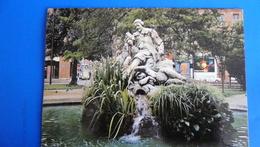 TOULOUSE VILLE D'ART : Le Square Wilson, Statue De GOUDOULI, Poête Toulousain - Toulouse