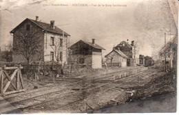 68.SEN - SENTHEIM , Vue De La Gare Bombardée - Autres Communes