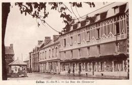 CPA - 22 - CALLAC - La Rue Du Closmeur - Hôtel Du Commerce - Collection Nédelec à Morlaix - Callac