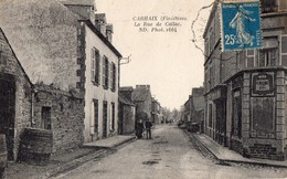 CPA -29 - CARHAIX  - La Rue De Callac - Nd Phot. - France