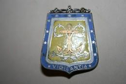 Ancien Insigne 6 ème Régiment De Hussards - Armée De Terre