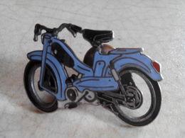 PIN S MOBYLETTE BLEUE MOTOBECANE - Motos