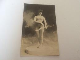 BP - 1600 - Femme Archère - Tir à L'Arc