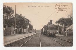 GRANDCHAMP - LA GARE - TRAIN - 89 - France
