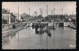 CHAUNY   LE CANAL DE SAINT QUENTIN   PENICHE - Chauny