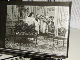 """LOT De 2 Photographies (argentique) Pathé Tirées Du Film """"Madame A Ses Vapeurs"""" 1907.  Tirage De 1937 - Photographie"""
