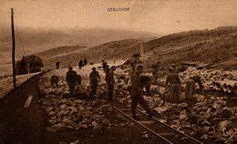RARE   CAMP DE CONCENTRATION ALLEMAND PRISONNIERS A LA CONTRUCTION DE LA ROUTE - Guerra 1939-45
