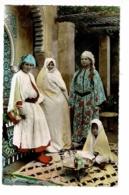 Scènes Et Types Du Maroc - L'Heure Du Thé (Femmes Et Enfant Devant Un Plateau, Service à Thé) Pas Circulé - Afrique