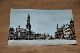 8232-    BRUXELLES, GRAND PLACE - Places, Squares