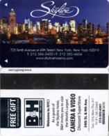 Skyline New York --2132== Hotel Room Keycard, Room Keys, Hotelkarte, Clef De Hotel - 2132 - Cartes D'hotel