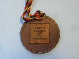 """Medaglia Sportiva """"JUGEND TURNIER 1997 TSV Wolfschlugen"""" - Professionali/Di Società"""