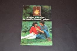 Mini Calendrier 1982 Médaille D'amour AUGIS - Calendriers