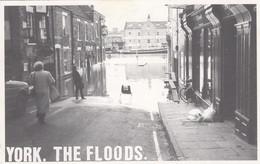 Postcard York The Floods [ Reproduction ? ] My Ref  B12869 - Floods