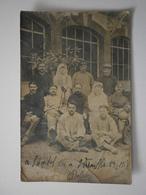 78 Guerre 14-18. Carte Photo, Infirmières Et Soldats Blessés, Hôpital De Versailles, 29 Août 1918 (A5p46) - Versailles
