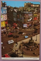 LONDON UK - PICCADILLY CIRCUS - Gordon Gin, Morris Cars, A HARD DAY'S NIGHT THE BEATLES MOVIE (cinema Film),   Vg - Piccadilly Circus