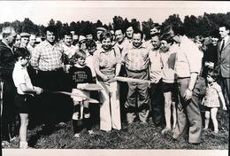 HERZELE  == +- 1973 FOTO  == FOTO 14 X 9 CM  -  NIEUW VOETBAL TERREIN - Herzele