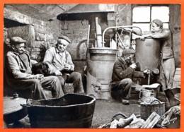 N° 69 1989 Distillation Autour Alambic Bouilleur De Cru 88 Vosges Vieux Métiers - Artisanat